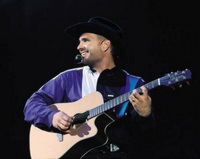 Garth Brooks Says He Is out of Retirement