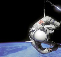 Endeavour astronauts prepares for spacewalk