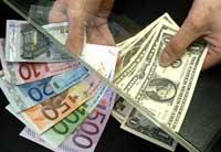 Euro starts week up against U.S. dollar