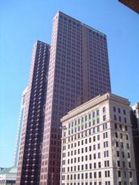 Huntington Bancshares Inc stock drops 10 percent