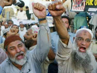 Power struggle within the Muslim world may result in global war