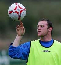 England's striker Rooney broken foot adds to England injury crisis