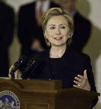 Clinton Offers Support for Liberia's President