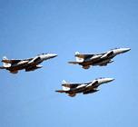 Israeli planes attack bridges in central Gaza, tanks on move