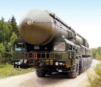 Nuclear Strike - Russia's Only Way to Defend Itself?