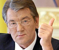 Yushchenko Makes Awkward and Dull Response to Medvedev's Attacks