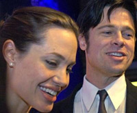 Pitt and Jolie baby photos help to fight poverty