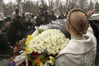 Decapitated Ukraine Grows New Head