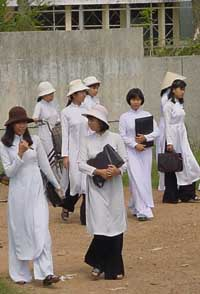 Vietnam to consider teaching Japanese in schools