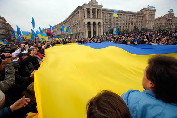 How the Maidan Golem is worrying the NYT. Ukraine on the cliff of bankruptcy