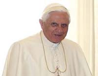 Pope meets Romanian PM