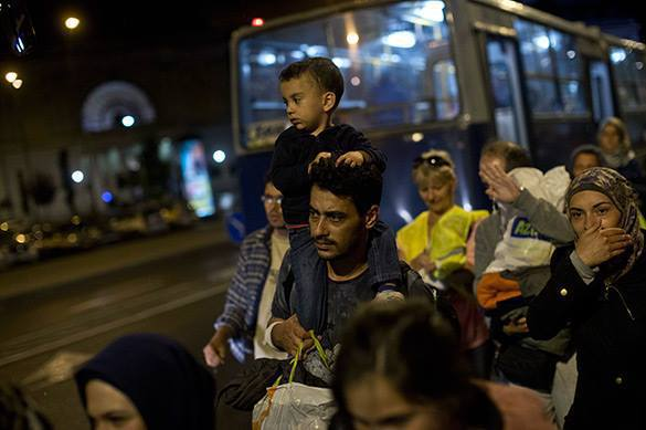 Lithuania detains Iraqi refugees, sends them to Poland. Migrants