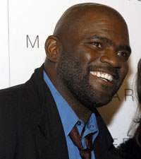 Football Star Lawrence Taylor Arrested For Rape in New York