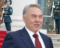 US Diplomat almost runs into Kazakh President