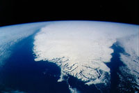 100-Square-Mile Glacier Breaks off Greenland