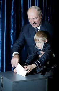 Belarus's Lukashenko and his illegitimate son ask for two billion dollars from the West