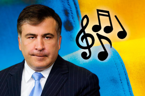 Former Georgian President Saakashvili freezes like lamp post to understand Ukrainian anthem. Mikhail Saakashvili