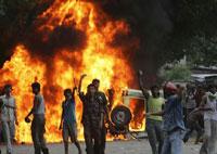 Soldiers crush uprising in Calcutta;curfew canceled
