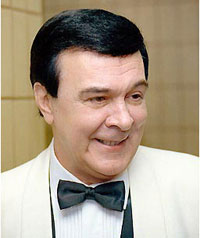 Soviet pop legend Muslim Magomayev dies at 66