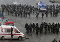 Georgian opposition drives anti-Russian President Saakashvili into a corner