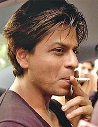 Indian film star Shah Rukh Khan struggles to quit smoking