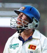 Sri Lanka wins toss, bowls in World Cup warmup