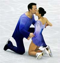 Chinese Couple Turned Best for the Moment in Figure Skating