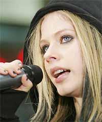 Avril Lavigne says Mandarin version of new single toughest to record