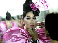 Transvestite toilets start working in Thailand