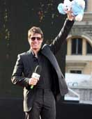 Tom Cruise skips Paris news conference, goes shopping for baby clothes