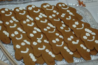 Nazi gingerbread men move to be displayed in another town