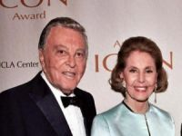 Dancer Actress Cyd Charisse Dies