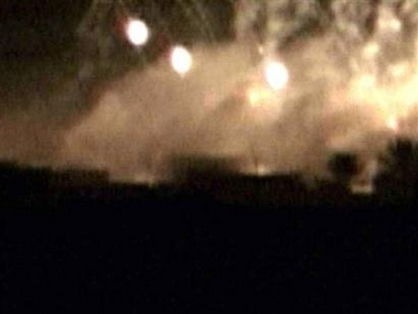 U.S. forces use  white phosphorous shells against Iraqi civilians