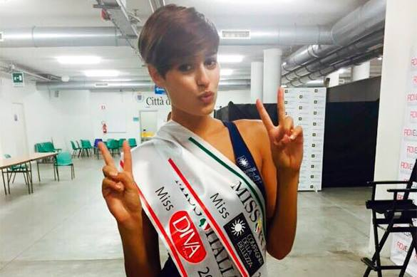 Miss Italy says she wants to experience emotions of WWII. Miss Italy war remarks