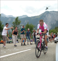 Tour de France: T-Mobile forcing star German rider out of race