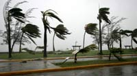 Mexico's Yucatan prepares for Hurricane Dean, recollecting Hurricane Wilma