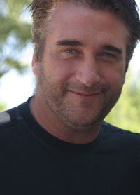 Court issues arrest warrant for actor Daniel Baldwin