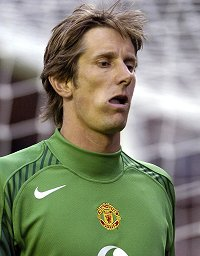 Edwin van der Sar pulls out of Netherlands' friendly against Russia