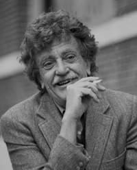Kurt Vonnegut dies after suffering brain injuries