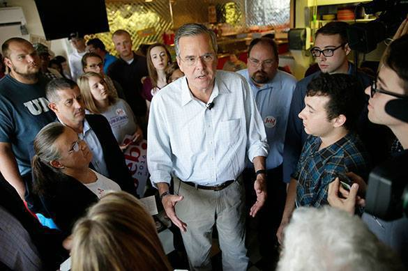 Jeb Bush offends migrants, speaking against multiculturalism in US. Jeb Bush