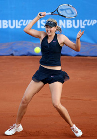Sharapova advances to the semis of the Istanbul Cup