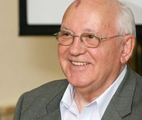 Mikhail Gorbachev's CD of romantic ballads sold at 165,000 dollars