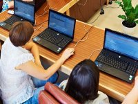 Over 38 percent of Americans suffer from Internet addiction. 50411.jpeg