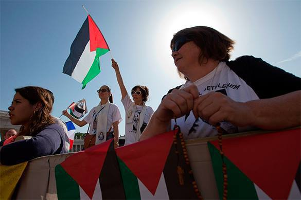 Palestinian state expected to materialize in September 2015. Palestine to appear