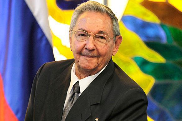 Castro comes to US for the first time in XXI century. Raul Castro