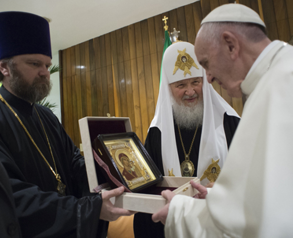 Tragedy of Christianity unites Moscow and the Vatican. Pope Francis and Patriarch Kirill meet