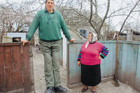 Leonid Stadnyk, world's tallest man, dies of brain hemorrhage. 53429.jpeg