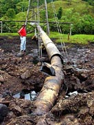 Pumping at Colombia's second-largest oil pipeline suspended after attacks