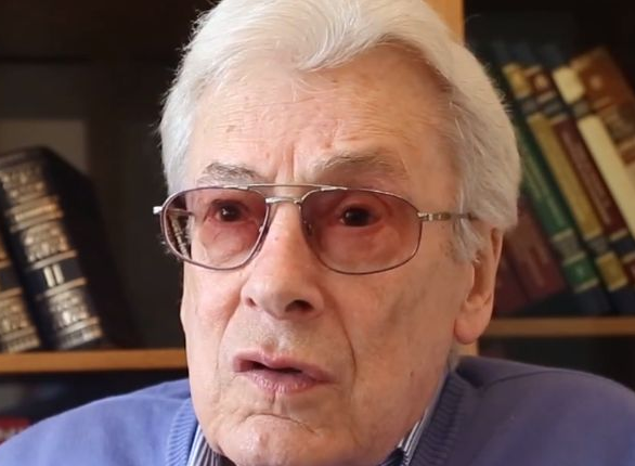 Allan Chumak, USSR's first magician, psychic and television healer, dies in Moscow. 61433.png
