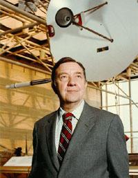 Physicist James Van Allen dies at 91